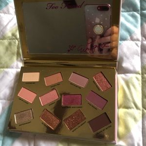 Too Faced Makeup - Too Faced Pretty Mess Palette